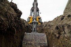 Сотрудники Водоканала наткнулись на гроб во время земляных работ в районе Хабаровск-2