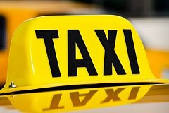 Клиент обокрал хабаровского таксиста