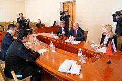 В Хабаровске зарегистрировано тридцать пять китайских компаний