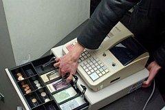 Комсомольчанин ограбил кассу магазина