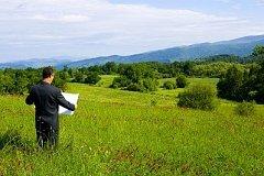Около 3,7 тысяч га неиспользуемых сельскохозяйственных земель выявлено в районе имени Лазо