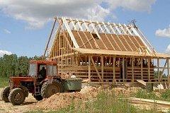 Молодым семьям дадут деньги на строительство дома в селе