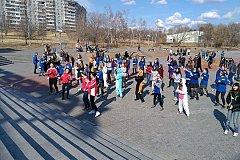 Молодёжная акция «Здоровье в порядке, спасибо зарядке» прошла в Хабаровске