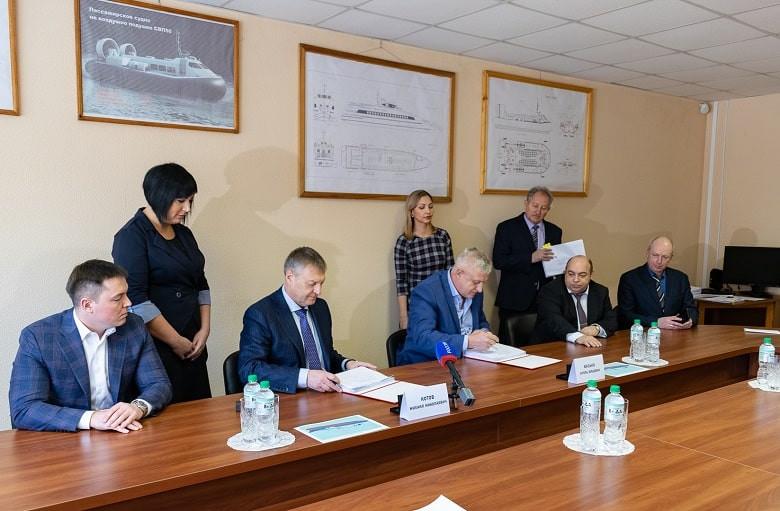 Хабаровский судостроительный завод подписал контракт на строительство судов-краболовов фото 2