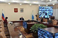 Евгений Никонов не смог дозвониться в поликлиники для записи на вакцинацию против COVID-19