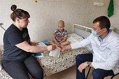 Семилетнего мальчика будут лечить от онкологии бесплатно после вмешательства Михаила Дегтярева