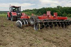 Фермеры обрабатывают брошенные земли при поддержке правительства Хабаровского края