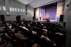Выездные заседания правительства позволяют приблизить власть к народу — Чудесов