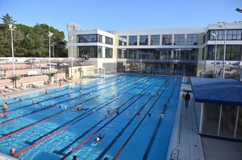 Михаил Дегтярев добился снижения цен в открытом плавательном бассейне Хабаровска фото 2